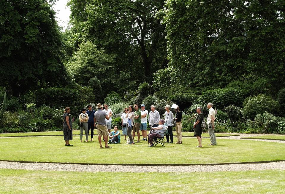 garden-open-days-visitors
